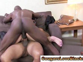Cougar gets double penetration