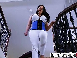 XXX Porn video - In A Pinch with (Angela White, Ramon Nomar)
