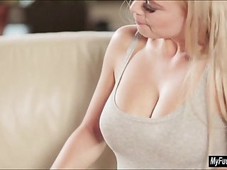 Teen Jenny Glam licked and fingered by her stepmom Afrodity