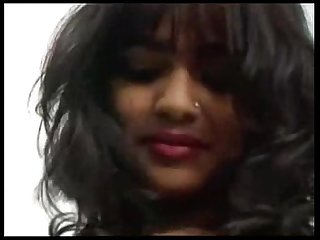 Indian Rashneen Kerim-Koram Striptease